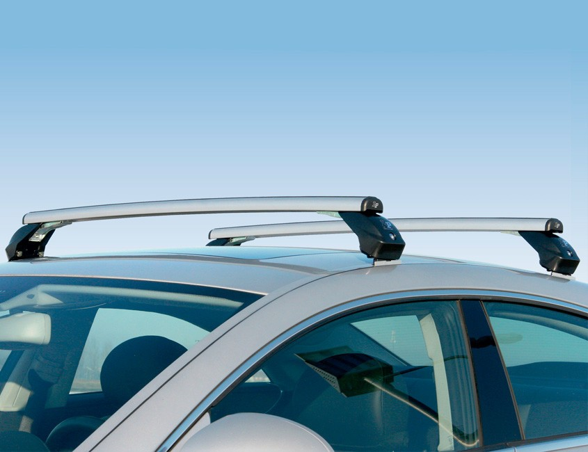 barres-de-toit-en-aluminium-vehicule-de-tourisme